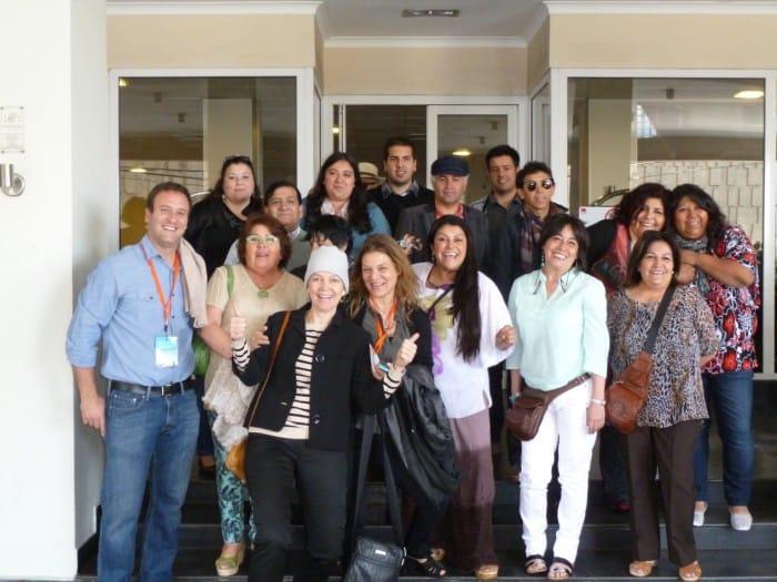 Madeline Hurtado y Diego Urrejola (Fundación Mar Adentro) junto a Chantal Signorio (Directora Puerto de Ideas) y los Profesores ganadores de Colorearte 2013