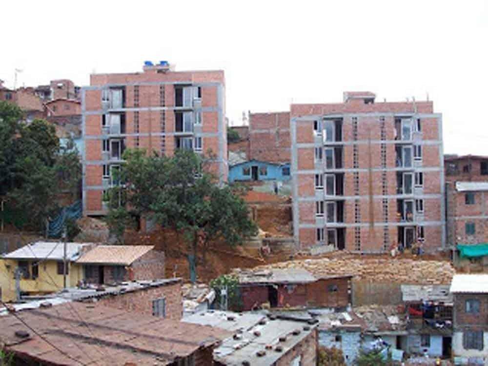 Complejo de viviendas Juan Bobo, Medellín Colombia