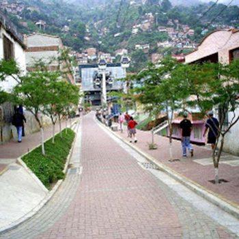 Paseo calle Medellín