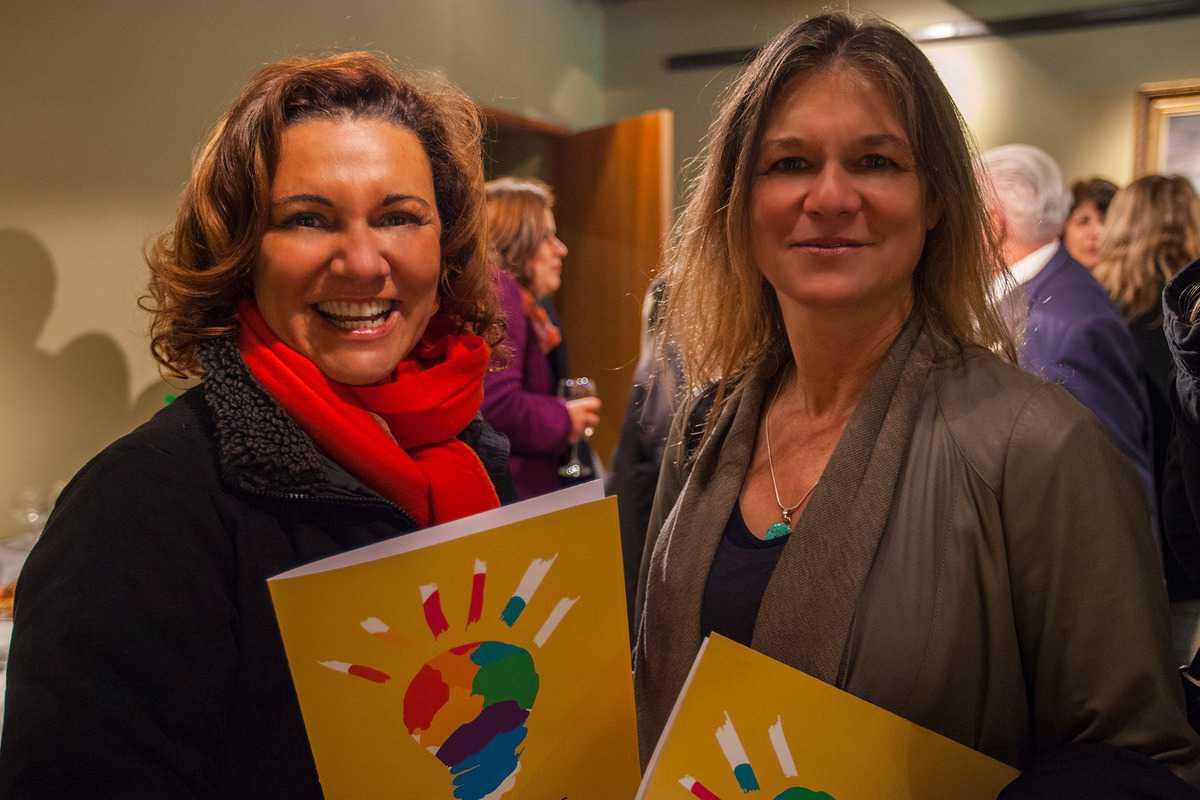 Lidia  Bendersky , y Madeline Hurtado Directora Fundación Mar Adentro