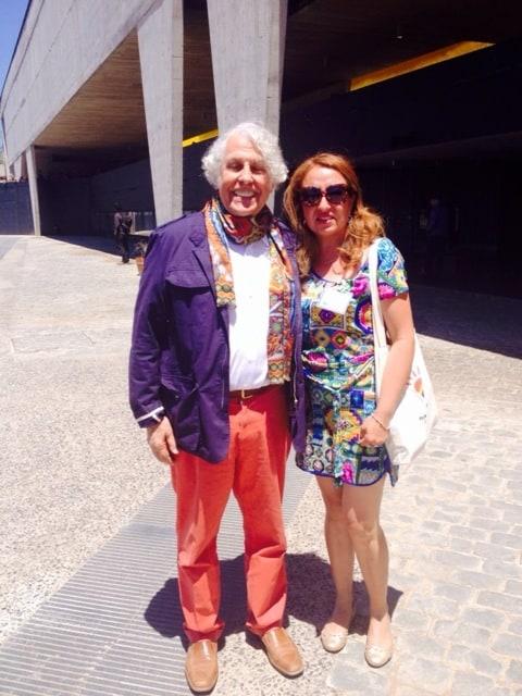 Pablo Valenzuela y la profesora ganadora del Concurso Colorearte  Soledad Basulto