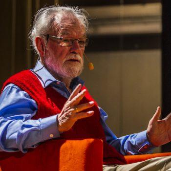 David Harvey, geógrafo británico, en su conferencia: El poder y lo urbano en un mundo desigual