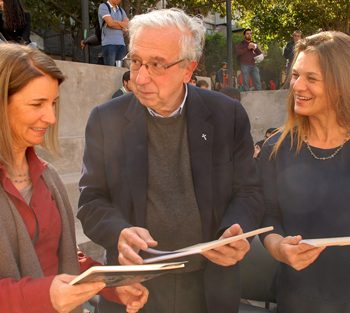 (English) Pamela Hurtado, from Fundación Cosmos, Fernando Montes and Madeline Hurtado from Fundación Mar Adentro