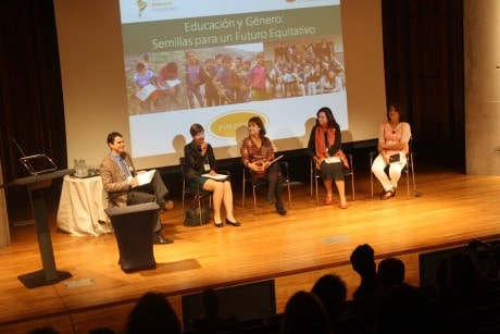Gian Paolo Einaudi, María de Los Angeles Fernández, María Paz Epelman, Mary Anne Müller y Bárbara Saavedra