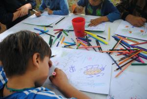 Estudiantes de la Escuela Quelhue durante el taller