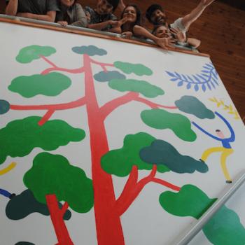 El mural realizado en una de las escuelas ya finalizado