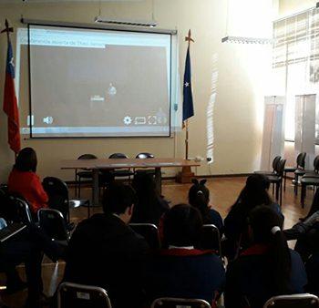 Streaming en el Salón Gabriela Mistral, Secretaría Regional de Educación en Punta Arenas.