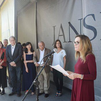 Ministra de Culturas Alejandra Pérez en su discurso durante inauguración de exposición. ©Sebastián Mejía