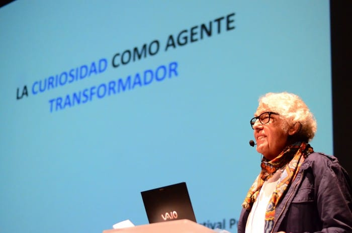 Pablo Valenzuela, Chilean biochemist, in his conference: Curiosity as a Transforming Agent