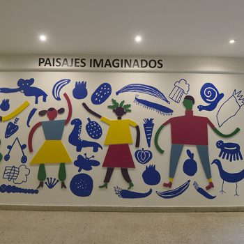 El mural Byenvini (bienvenidos en creole) finalizado / Foto: Jorge Sánchez, gentileza GAM